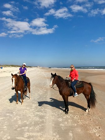 Fernandina Beach, FL: RIders enjoying the day