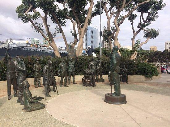 A National Salute to Bob Hope & the Military: photo2.jpg
