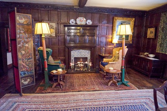 Worcester, UK: Inside Fireplace