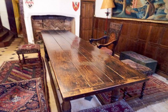 Worcester, UK: Old Table