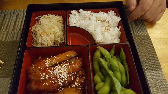 restaurant sushi street cafe dans marseille avec cuisine japonaise. Black Bedroom Furniture Sets. Home Design Ideas