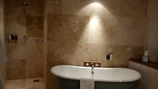Oldstead, UK: Fantastic bathroom/wetroom