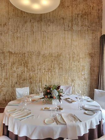 Castalla, España: Calidez, elegancia e intimidad en nuestros salones