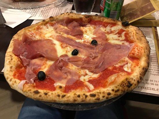 photo2.jpg - Picture of Pizzeria La Terrazza, Mediglia - TripAdvisor