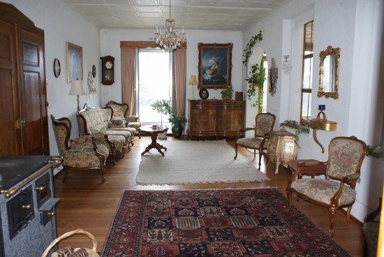 Haus Schonegg BnB: Living Room