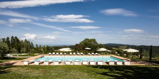 Gambassi Terme, Italy: our pool