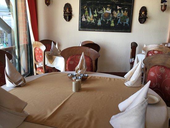 Open House Restaurant : photo3.jpg