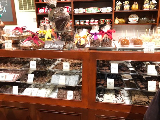 Lake Forest, IL: A view of their main chocolates case