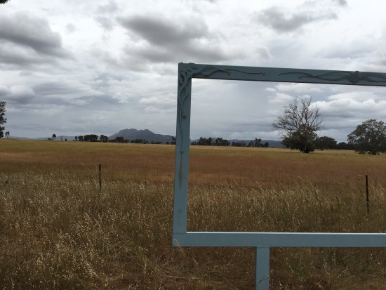 ‪Grampians View- Framing the Wimmera‬