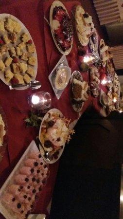 Dieren, The Netherlands: Nagerechten buffet