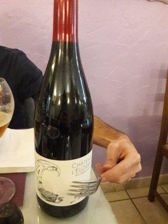 Meze, Frankrike: Excellent vin