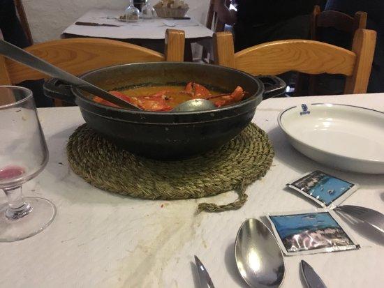 Mercadal, Spain: Buen sitio para comer de cuchara raciones generosas, cuidad con la cantidad