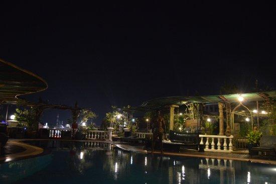 Hotel de Ville Siem Reap Boutique: Pool View