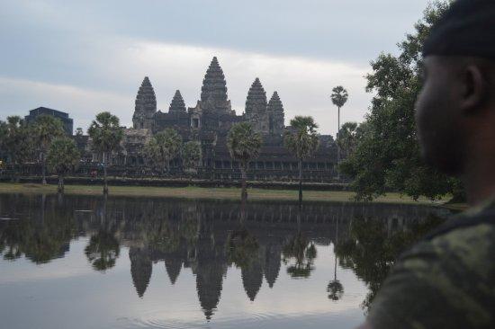 Hotel de Ville Siem Reap Boutique: Angkor Wat 20 minutes away