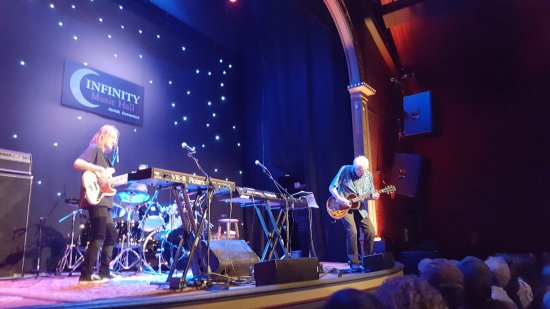 Norfolk, CT: John Mayall