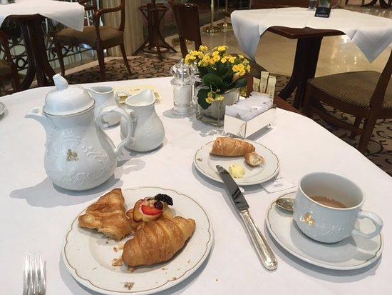 Grand Hotel Wien: BKFST