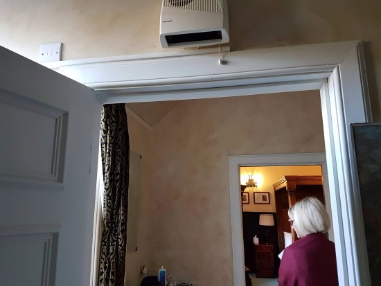 Clarencefield, UK: Nice fan heater