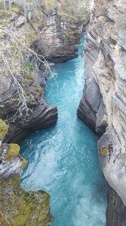 Athabasca Falls: 20171004_181220_large.jpg