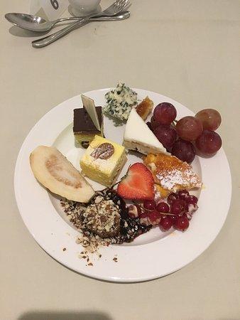 Nissi Beach Resort: Тематический ужин