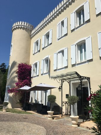 Hôtel Château De La Tour Photo