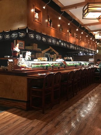 Joss Cafe & Sushi Bar : The sushi bar at Joss