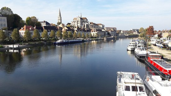 Auxerre, France: 20171103_142707_large.jpg