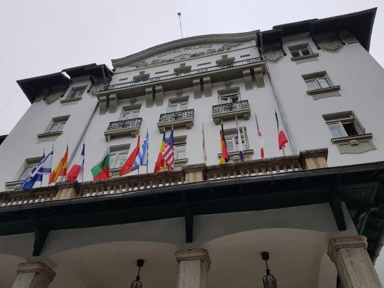 Hotel Palace: Entrada