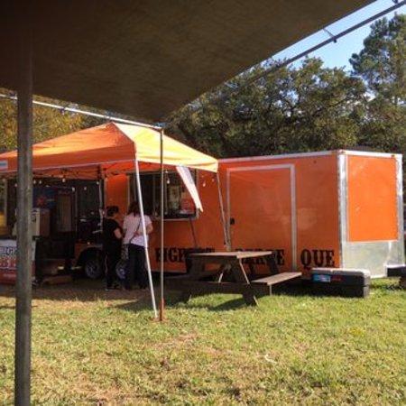Cypress, เท็กซัส: Look for Orange Truck. Enjoy the lovely weather