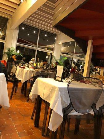 Restaurant le relais du roy mont saint michel for Restaurant le jardin domont