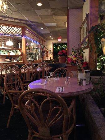 L & W Restaurant Photo