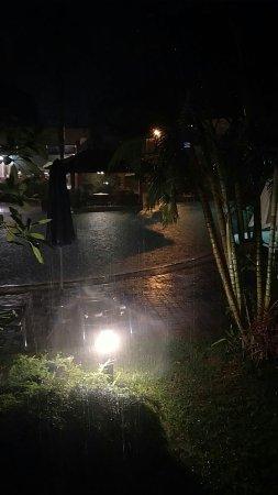Paka, Malásia: IMG_20171113_214639644_large.jpg