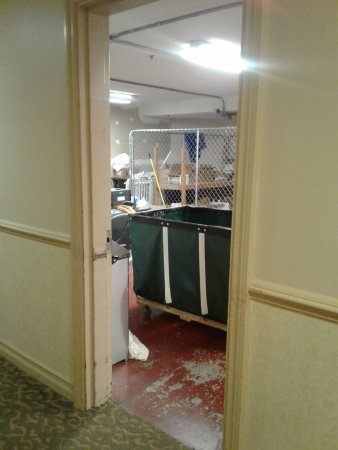 """Minerals Hotel : This huge laundry room was directly across from my basement """"garden"""" room."""