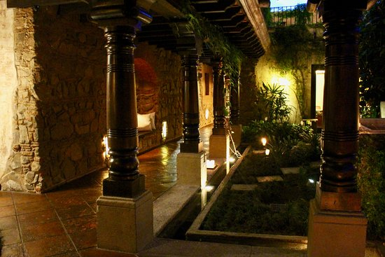 El Convento Boutique Hotel Photo