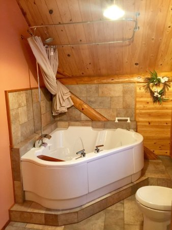 Superior Gateway Lodge Organic Bed and Breakfast: Great stay in the King Romantic Suite!