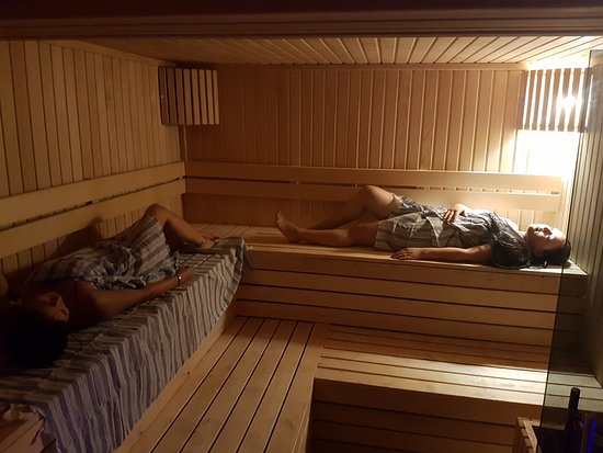 spa shower area picture of elfida apart alanya. Black Bedroom Furniture Sets. Home Design Ideas