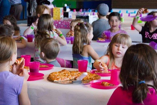 Sherwood Park, Canadá: Party Area