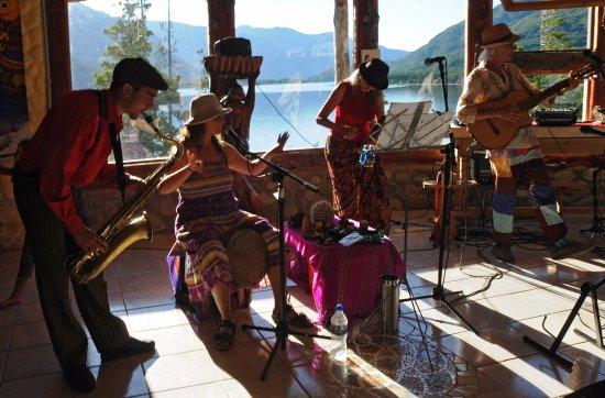 Lake Epuyen: antu quillen