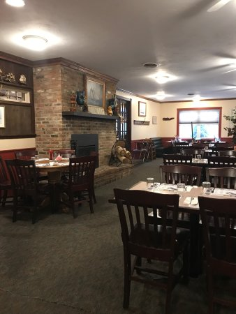 Concord, NH: Makris Lobster & Steak house