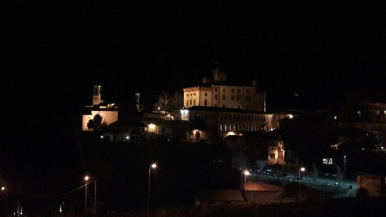 Hotel Barolo: 20171117_204315_large.jpg