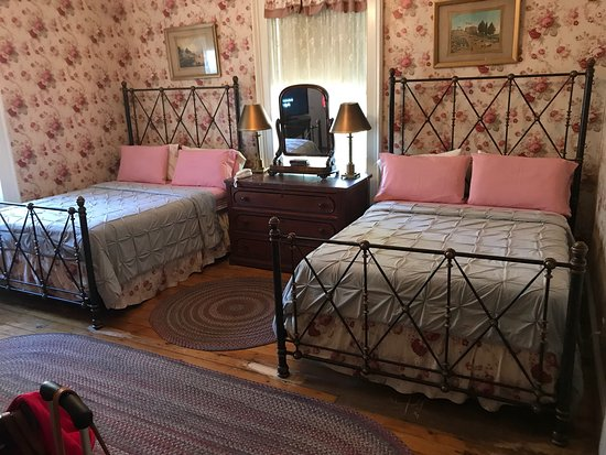 Old Court Bed and Breakfast: photo0.jpg