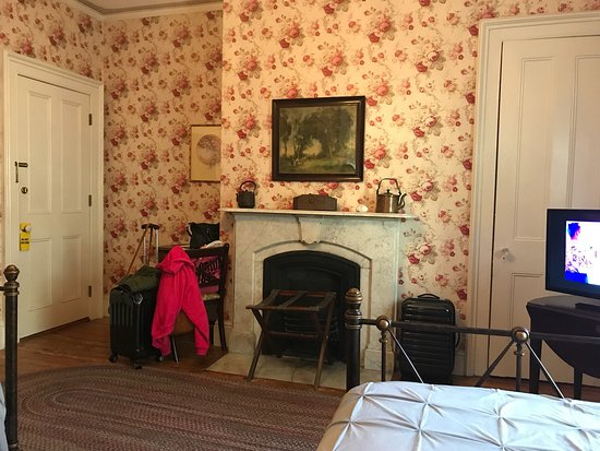 Old Court Bed and Breakfast: photo2.jpg