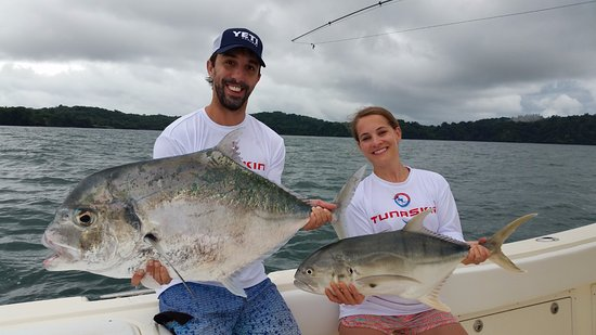 Golfo de Chiriqui National Park, Panama: Double hook up on African pompano and jack crevalle