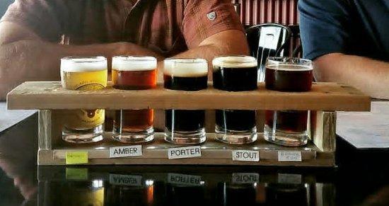 Spokane Valley, WA: Superb Beer Flight!