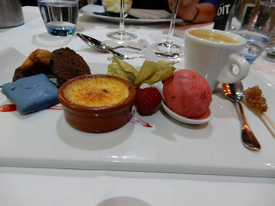 Sedan, France: Dessert