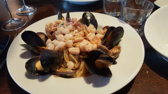 Joe's Pasta: Seafood Special,  I recommend it