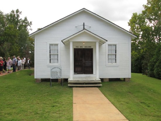 Elvis Presley Birthplace & Museum: the church that was brought to the premises later