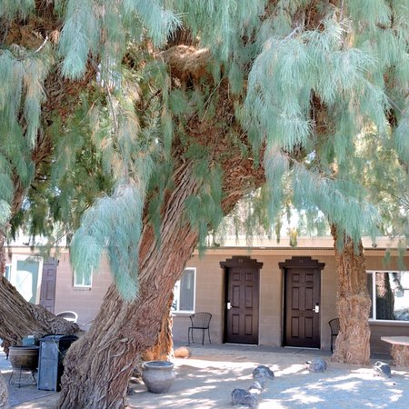 Shoshone, Kalifornien: The Inn goes round a little courtyard