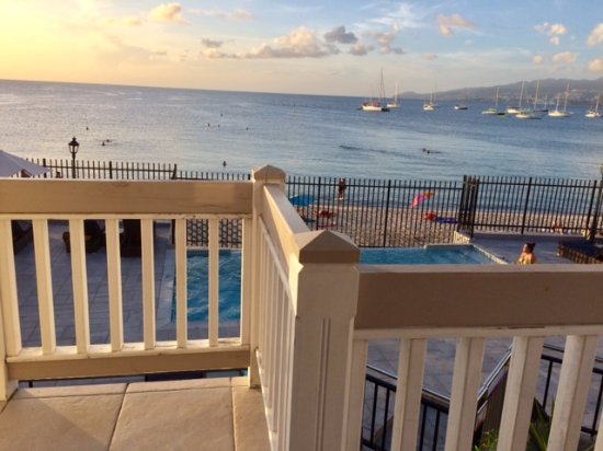 Hotel Bambou: View from Room 715 overlooking pool and beach