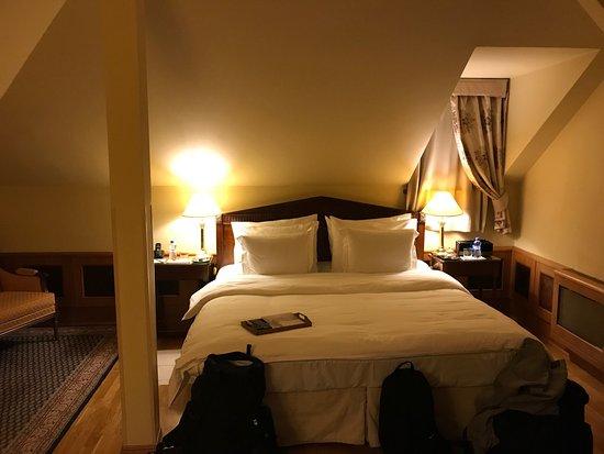 Golden Well Hotel: photo4.jpg