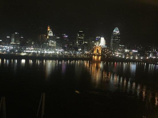 Embassy Suites by Hilton Cincinnati - RiverCenter (Covington, KY): photo0.jpg